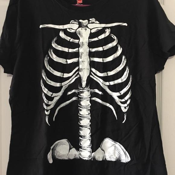 df2a861572cae Hanes Tops | New Black Skeleton Rib Cage Bones Tshirt | Poshmark